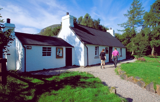 The Visitor Centre at Beinn Eighe NNR, © Lorne Gill/SNH