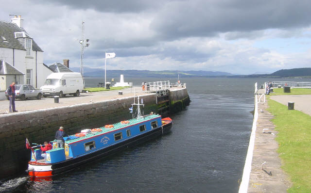 The Clachnaharry Sea Lock is the eastern end of the Caledonian Canal, © Martin Clark, Creative Commons