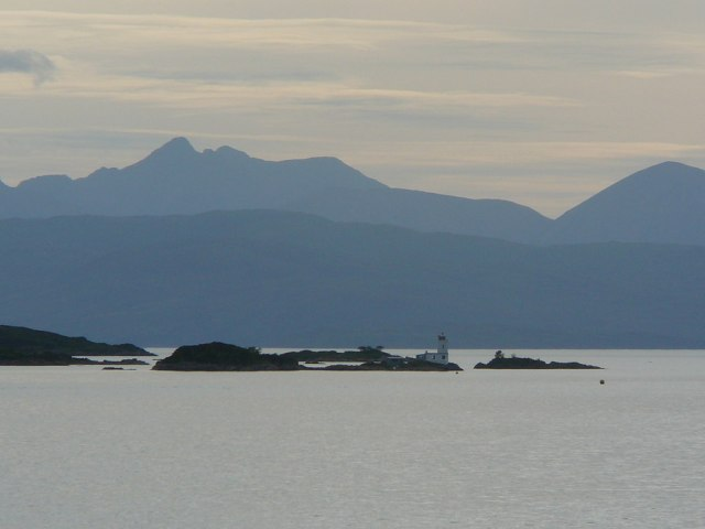 View to Eilean a' Chait from Ardaneaskan near to Plockton. © Copyright Colin Park and licensed for reuse under this Creative Commons Licence