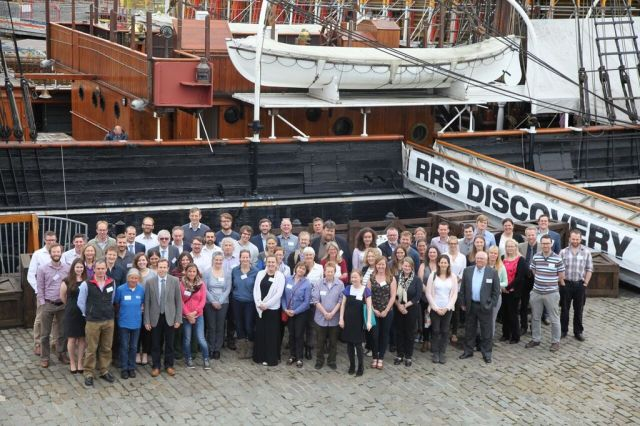 The whole delegate outside the RRS Discovery. © Sea Scotland
