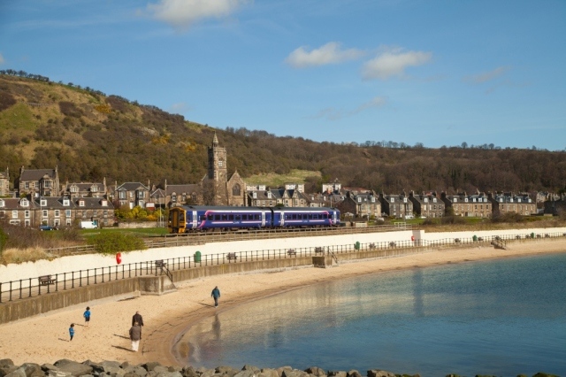Burntisland beach. © Fife Coast and Countryside Trust
