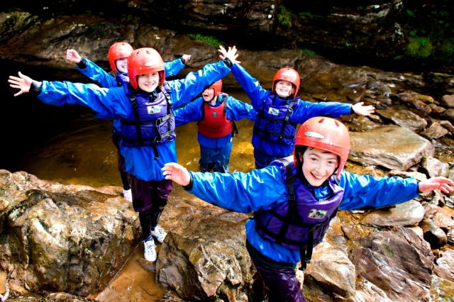 The John Muir Award in action at Ardroy Outdoor Education Centre. © Becky Duncan/Ardroy OEC