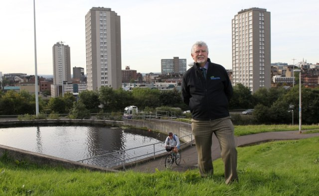 Visiting the site of the Canal and North Gateway Green Infrastructure Project at Port Dundas, Glasgow – one of the first projects to receive funding from the SNH-led European Regional Development Fund's Green Infrastructure Strategic Intervention ©Tom Finnie