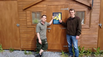 Gareth Bennett and Ben Harrower (RZSS) at the pine hoverfly rearing facility. © Athayde Tonhasca