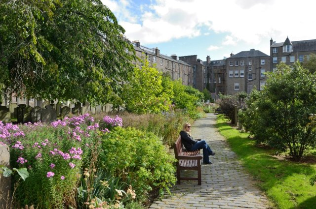 Green space in Dundee. ©Lorne Gill/SNH