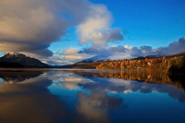 Reflections on Creag Meagaidh. © Rory Richardson/SNH