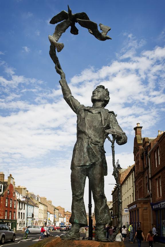 John Muir Celebrations -John Muir statue in Dunbar © Becky Duncan